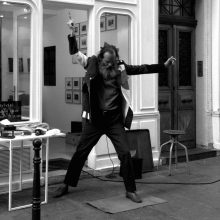 Mamoto : Performance à la Galerie Nivet-Carzon